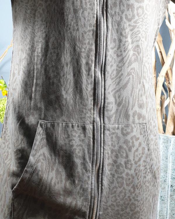 pullover-kleid-leo-look